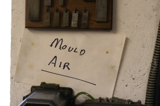 Mould Air at Whittington Press © Sarah Dixon 2015